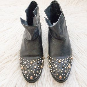 Modern Vice booties size 7.5